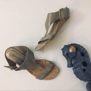 Donald J. Pliner Donni Sandal Size 6.5